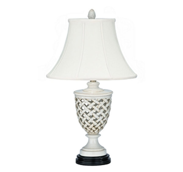 White trellis table lamp by the Kellogg Collection | @kelloggfurn