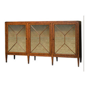 British mahogany sideboard from the Kellogg Collection | @kelloggfurn