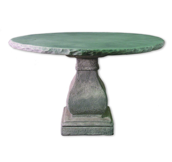 Garden dining table from the Kellogg Collection | @kelloggfurn