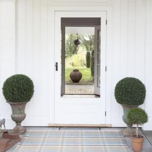 Jack plaid indoor/outdoor rug from @kelloggfurn
