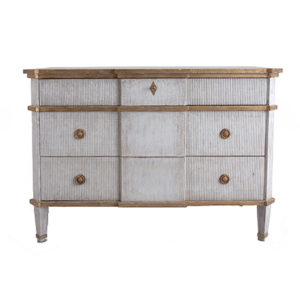 Drysdale Chest from @kelloggfurn