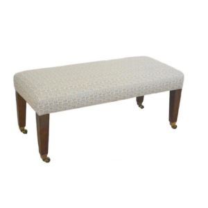 Riley Bench from @kelloggfurn